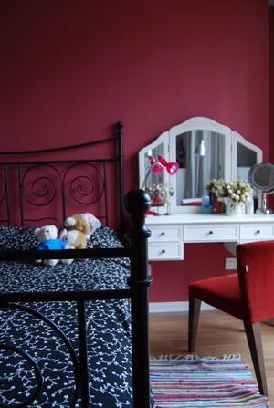 85平2室变3室 网友DIY混搭色彩家 小户型装修效果图大全2011图片 交